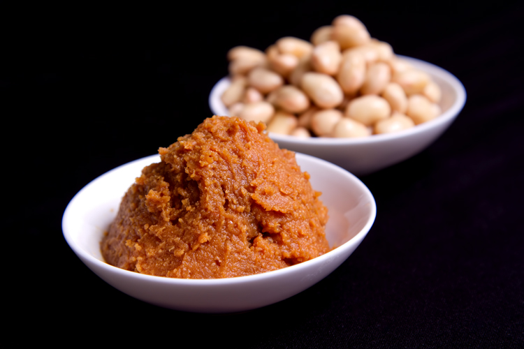 Miso paste, made from fermented daizu (soybeans), is an umami-rich staple of the Japanese pantry.